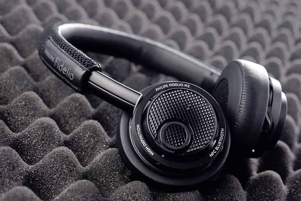 Philips Fidelio M2BT Review
